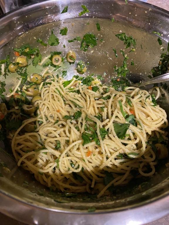 Pâtes aux olives vertes F7870510