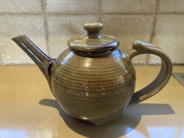 Jug and teapot marks Teapot12
