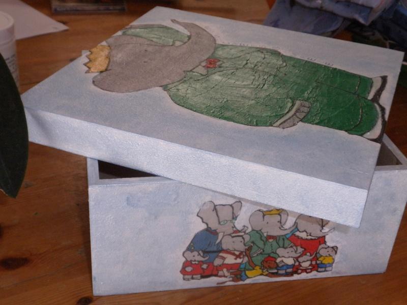 une boite babar P7240012