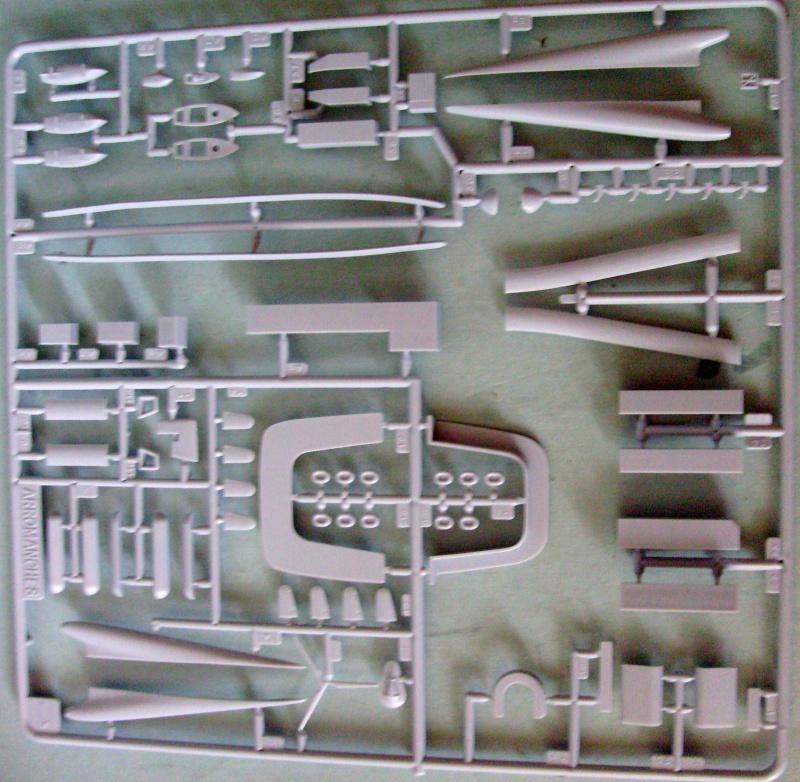 [Heller] Arromanche  / HMS Collossus au 400 eme S7305238