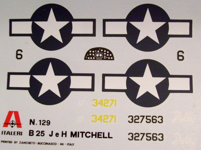 Comparatif NORTH AMERICAN B 25 MITCHELL 1/72ème S7306090