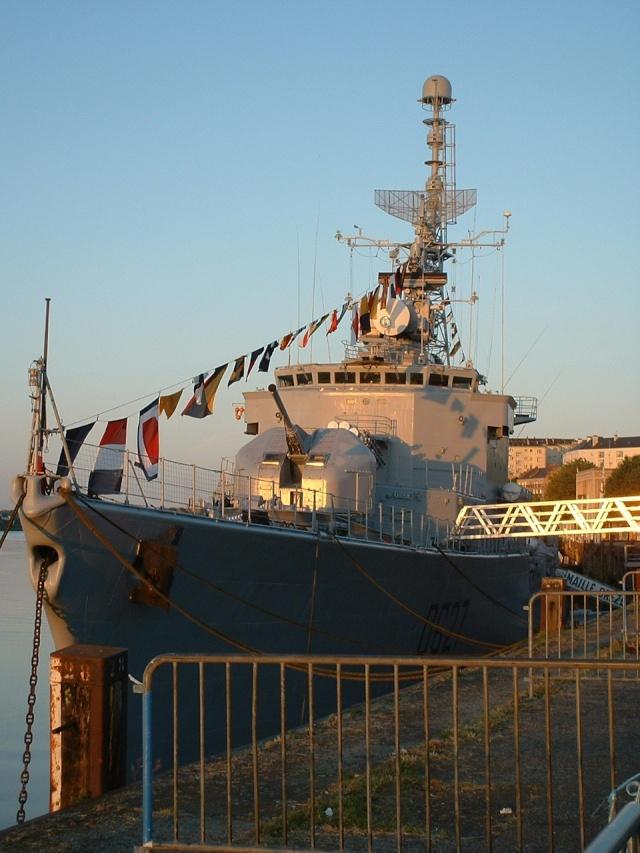 Le MAILLE-BREZE (ex escorteur d'escadre devenu Musée) F81010