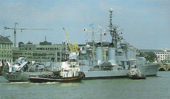 Le MAILLE-BREZE (ex escorteur d'escadre devenu Musée) Maille10