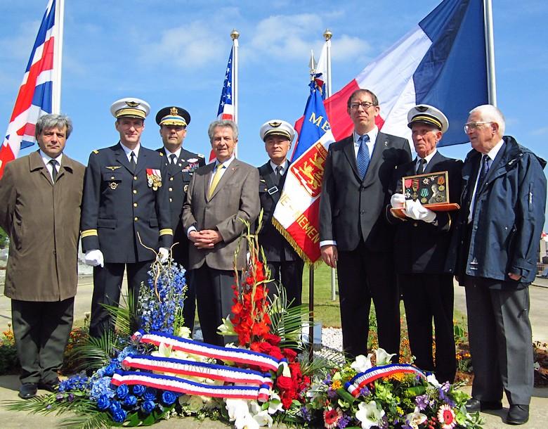 Normandie-Niemen - Page 4 Img_1410