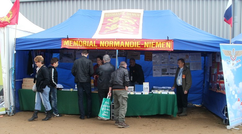 Normandie-Niemen - Page 4 P5193310
