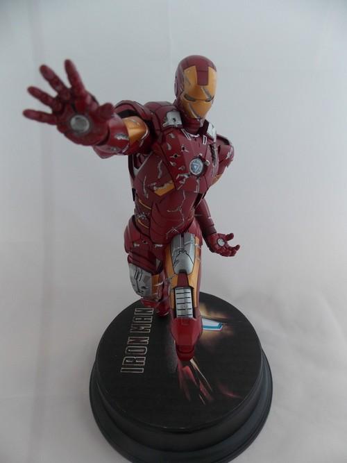 Iron Man Battle Damaged by Jonas Dscn1217