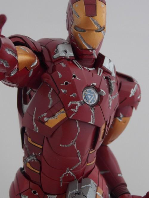 Iron Man Battle Damaged by Jonas Dscn1218