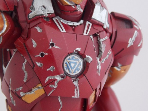 Iron Man Battle Damaged by Jonas Dscn1219