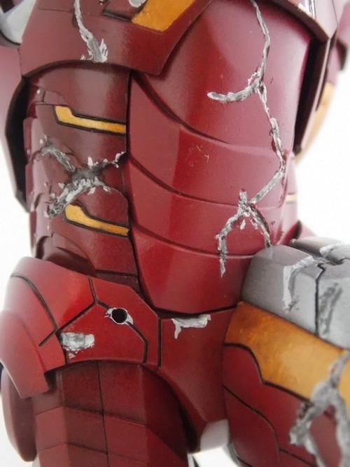 Iron Man Battle Damaged by Jonas Dscn1221