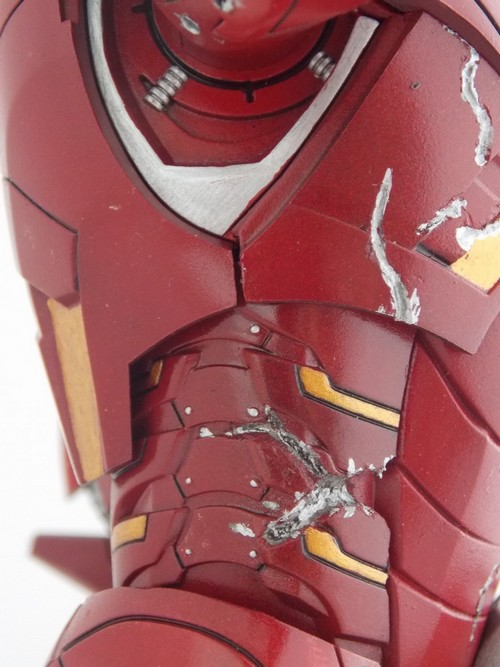 Iron Man Battle Damaged by Jonas Dscn1224