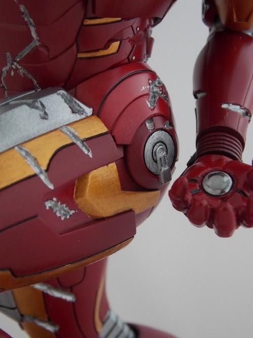 Iron Man Battle Damaged by Jonas Dscn1229