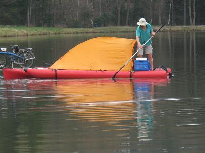 Vélo amphibie ? Kayak à pédales ? Newbfm10