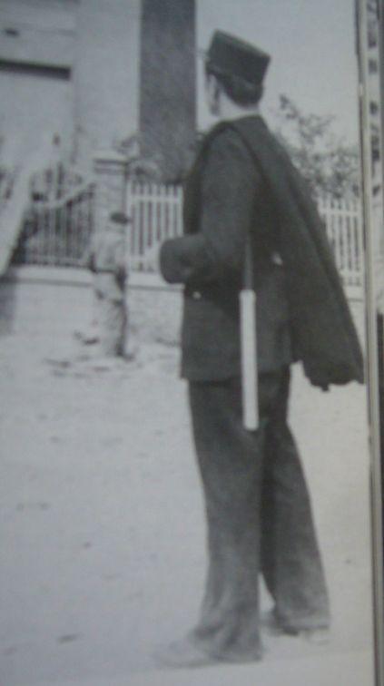 [Les traditions dans la Marine] Le slip de bain en laine - Page 2 P1070410