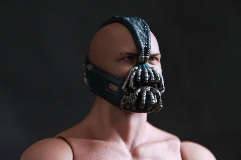 """La collection Hot Toys """" TDKR """" de Darth Vader Img_3820"""