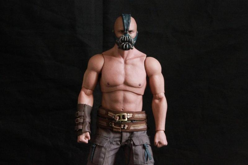 """La collection Hot Toys """" TDKR """" de Darth Vader Img_3821"""