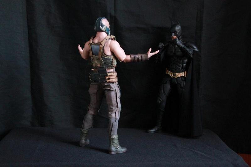 """La collection Hot Toys """" TDKR """" de Darth Vader Img_3916"""