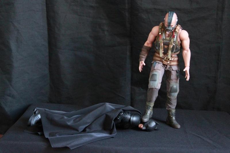 """La collection Hot Toys """" TDKR """" de Darth Vader Img_3917"""