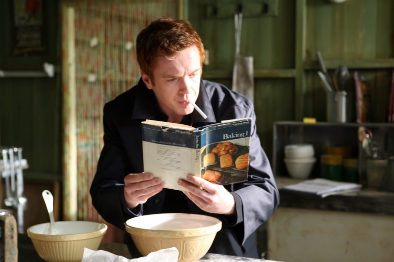 Damian Lewis - Page 2 Bakerp10