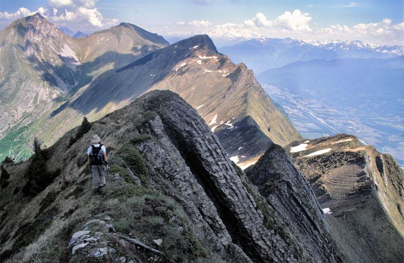 La Route des Grandes Alpes - Page 7 11026310