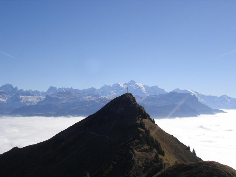 La Route des Grandes Alpes - Page 2 27895610