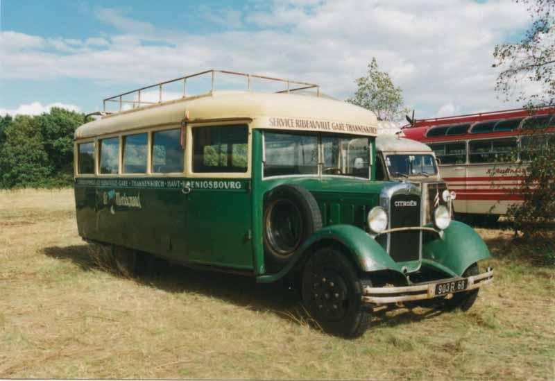 Photos d'autobus et autocars Citroën - Page 2 Citro_10