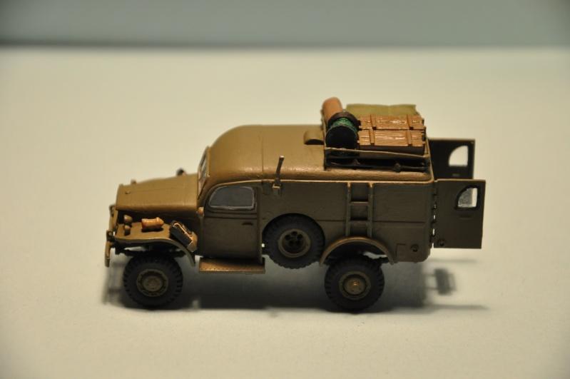 dodge wc54 signal corps 1/72 academy Dsc_1411