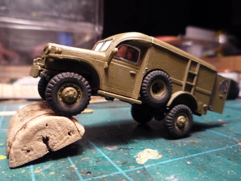 dodge wc54 signal corps 1/72 academy P1040520