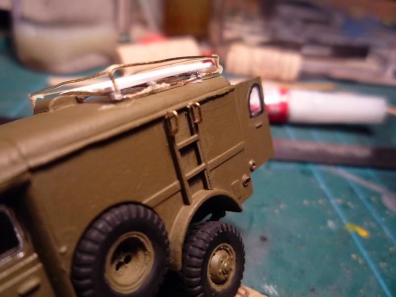 dodge wc54 signal corps 1/72 academy P1040523