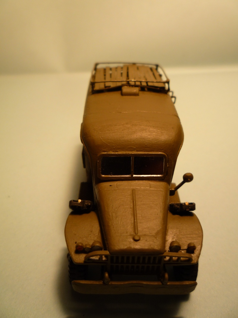 dodge wc54 signal corps 1/72 academy P1040529