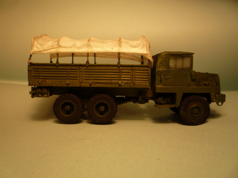 berliet gbc8kt  1/72 adv mini version transport de troupe... - Page 2 P1040537