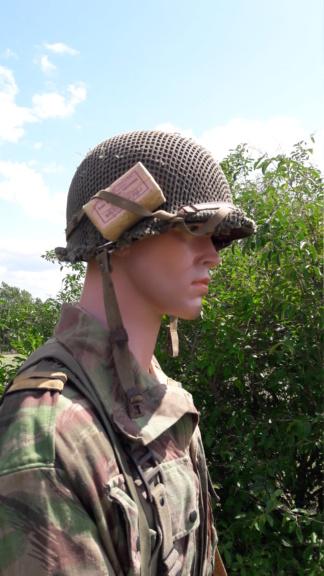Un officier para sur DBP (modif). 20190860