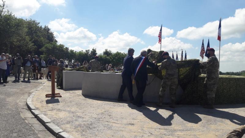 Stèle honorant la résistance / le SOE en Normandie 20210611
