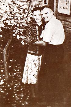 Youri Gagarine (1934-1968) - Page 3 Femme10