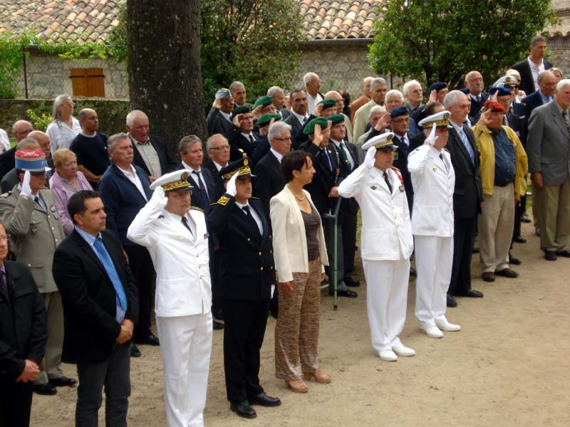 Commémoration le 15 juin 2013 de cinquante et un ans de fidélité et de solidarité entre Fusiliers marins et Harkis 4_larg10