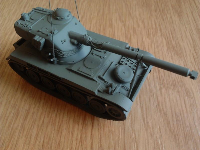 AMX-13 105 [HELLER] 1/72. MAJ 09/05 - Page 2 2013-013