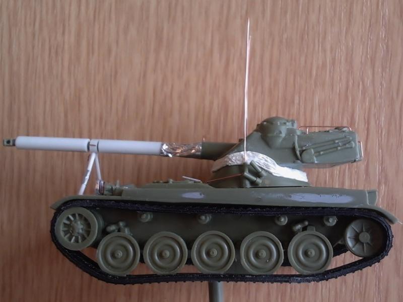 AMX-13 105 [HELLER] 1/72. MAJ 09/05 - Page 2 2013-015