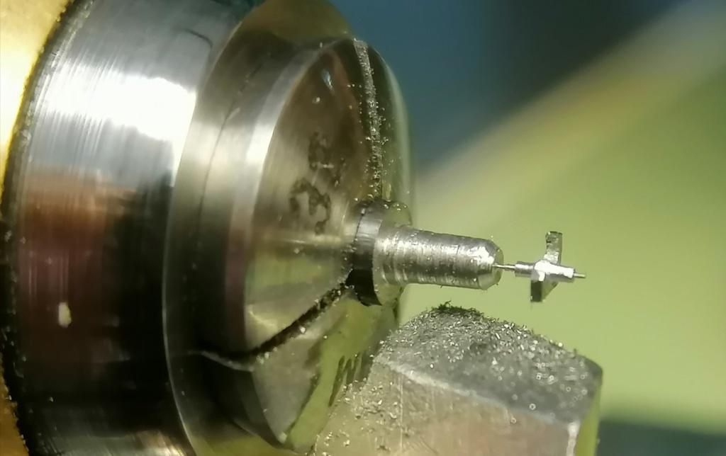 -Qt - Fabrication d'une ancre de rouage de répétition  Img_2021