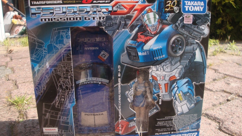 Transformers: Classics/Henkei 2006-2007, Universe 2003-2008, Generations/United (CHUG), Reveal the Shield, Alternity, Binaltech (Alternator) & Power Core Combiners - Page 40 Dsc07112