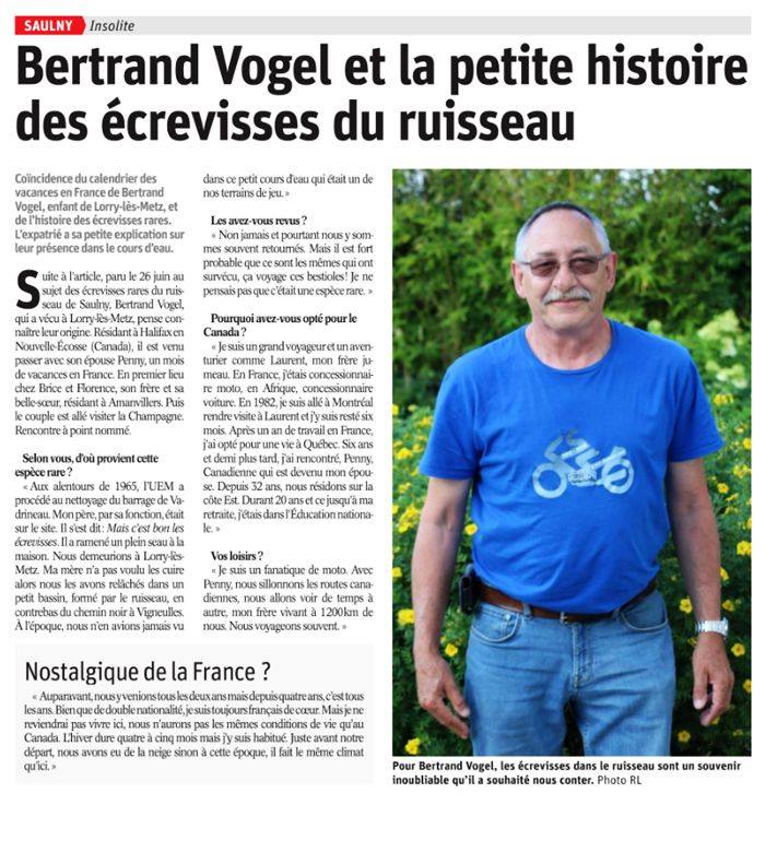 The forum T Shirt on a French newspaper Replo10
