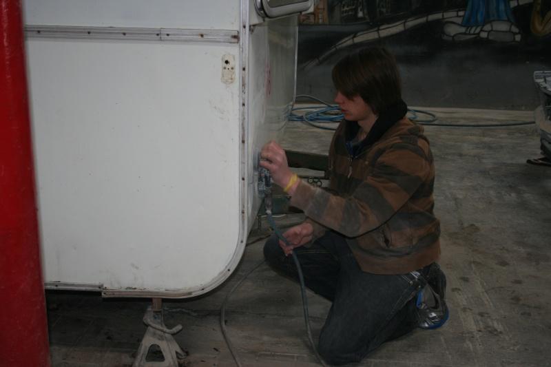 RESTAURATION DUNE CARAVANE TYPE MOBIL HOME THEILLAY 650 LOFT VINTAGE - Page 3 A_trie14