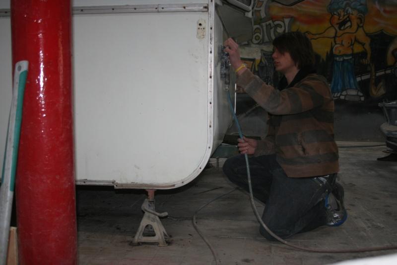 RESTAURATION DUNE CARAVANE TYPE MOBIL HOME THEILLAY 650 LOFT VINTAGE - Page 3 A_trie15