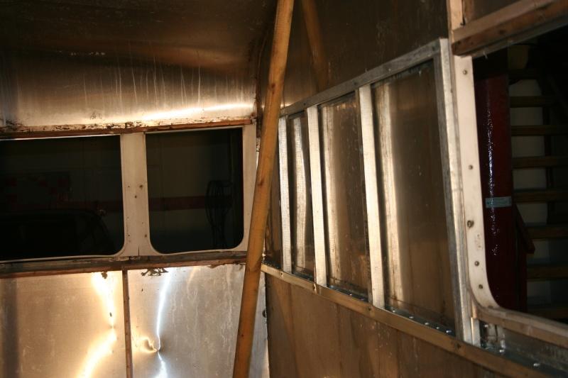 RESTAURATION DUNE CARAVANE TYPE MOBIL HOME THEILLAY 650 LOFT VINTAGE - Page 3 Divers22