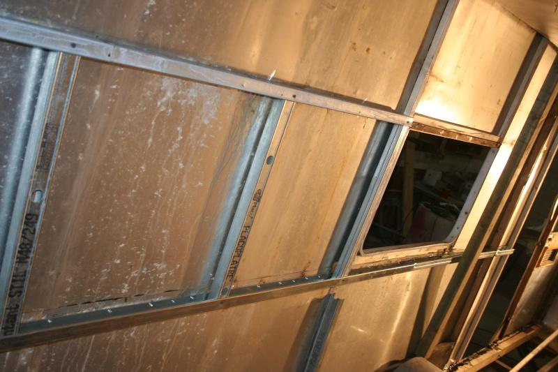 RESTAURATION DUNE CARAVANE TYPE MOBIL HOME THEILLAY 650 LOFT VINTAGE - Page 3 Divers28