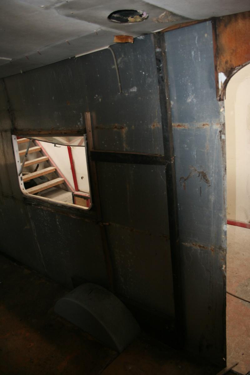 RESTAURATION DUNE CARAVANE TYPE MOBIL HOME THEILLAY 650 LOFT VINTAGE - Page 3 Kjhg_027