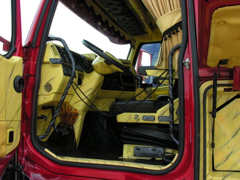 Truck Show Bastogne (Belgien) Dscn0116