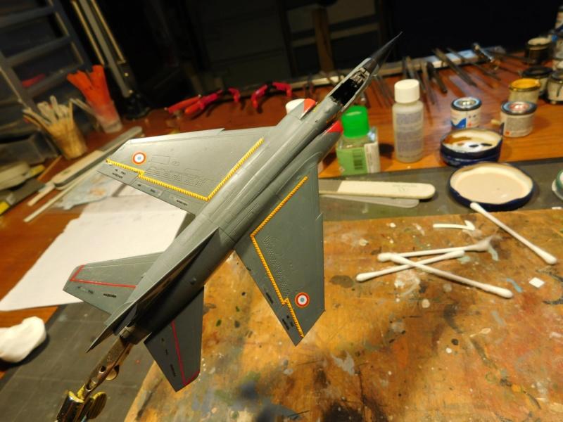 Les  Mirage F1 dans les ateliers Fouga Dscn1840
