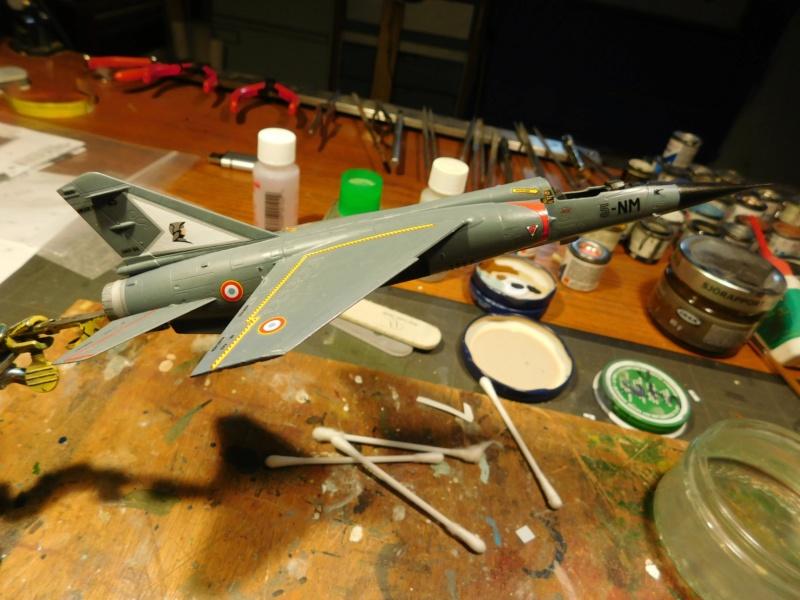 Les  Mirage F1 dans les ateliers Fouga Dscn1841
