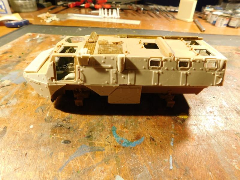 VAB valorisé 1/35 ( Heller+Blast models) Dscn1859