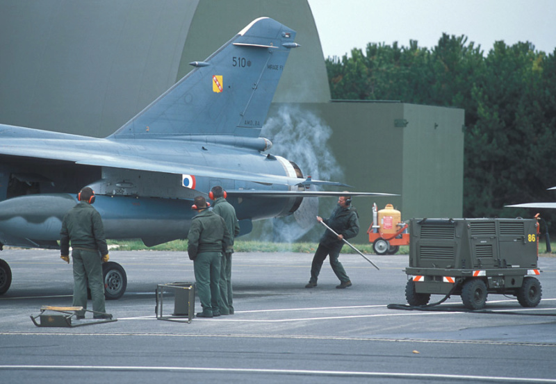 Mirage F1 B NORMANDIE NIEMEN ( special hobby 1/72) fini p4 - Page 3 F1b1ge10