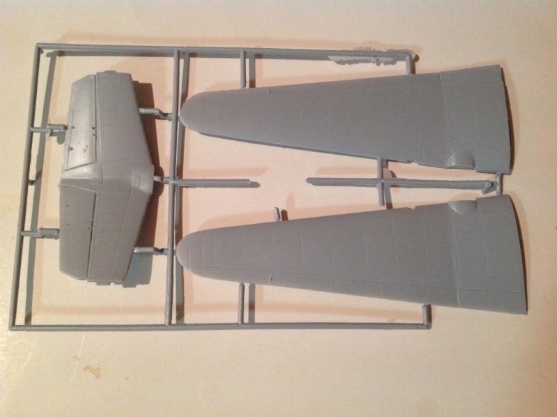 "Défi inconfortable : Dassault MD-312 ""Flamant"" (Fonderie Miniature 1/48) Img_0310"